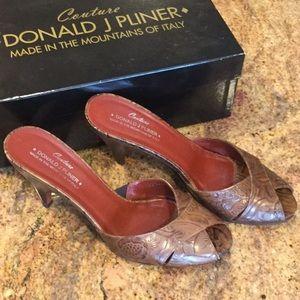 Couture Donald J Pliner Mules